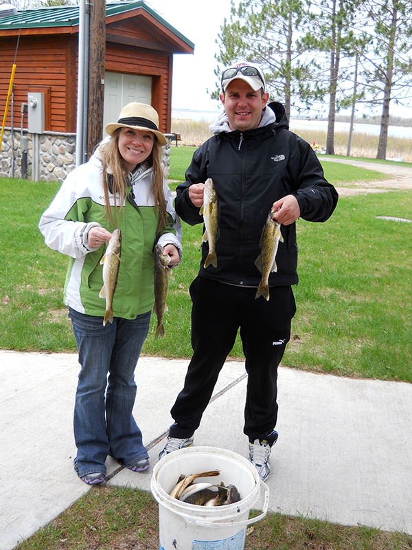 MNFishingPros.com guide Jason Boser with walleye fisherman, Deer River, MN