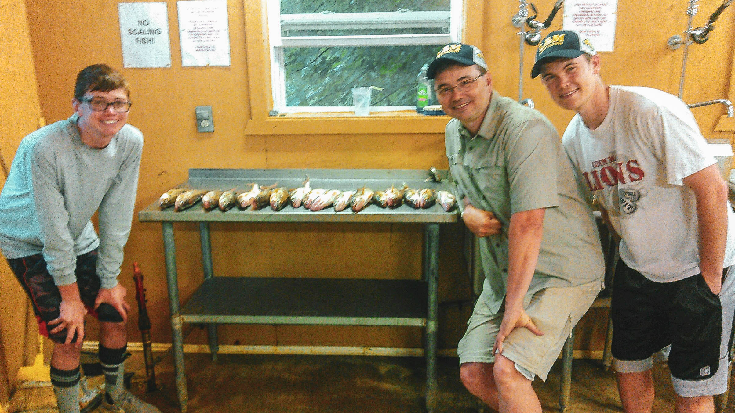 MN Fishing Pro Guide Jason Boser clients with large catch